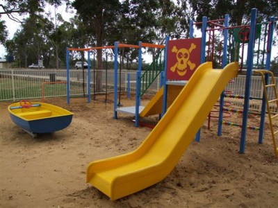 Slide and swings set